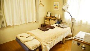 凛鍼灸治療院の完全個室の施術室